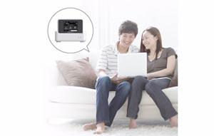 クレードル利用で高出力Wi-Fiに対応。ご自宅の離れた部屋でも快適な通信が可能